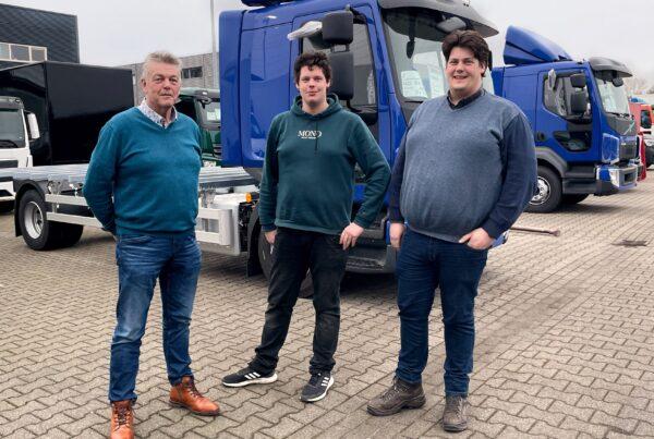 Guus, Rutger en Alexander plegt
